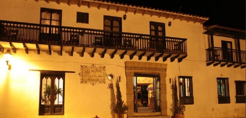 Fachada. Fuente: hotellaposadadesanantonio.com